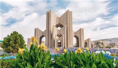 پیگیری مراحل راه اندازی موزه شعر و ادب آذربایجان
