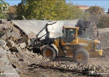 اقدامات امدادی در مناطق زلزله زده ادامه دارد