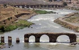 پلهای تاریخی خداآفرین مرمت میشود